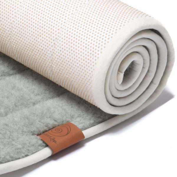 100% zuiver wollen yogamat uitgerold, groen